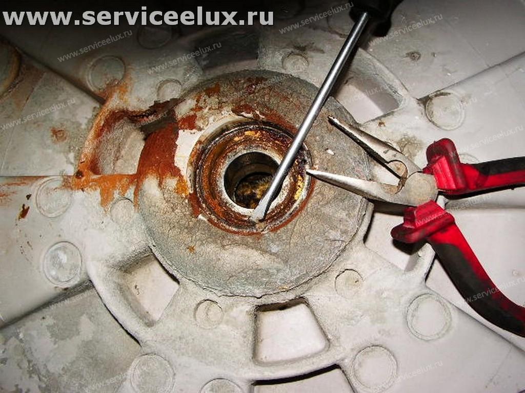 Замена подшипника в стиральной машине электролюкс своими руками фото