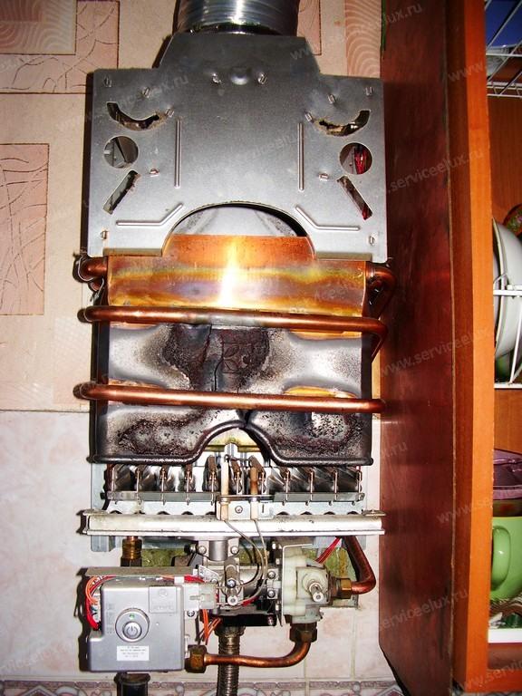 Газовая колонка течет теплообменник прайс лист на теплообменник u образны